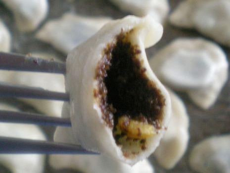 Przepis: Słodkie pierożki z makiem