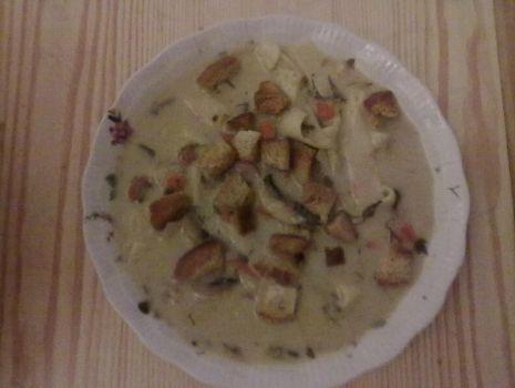 Przepis: Makaronowa zupa z pieczarkami