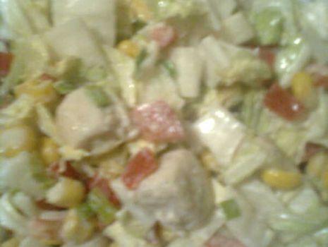 Przepis: Sałatka z kurczakiem i kapustą pekińską