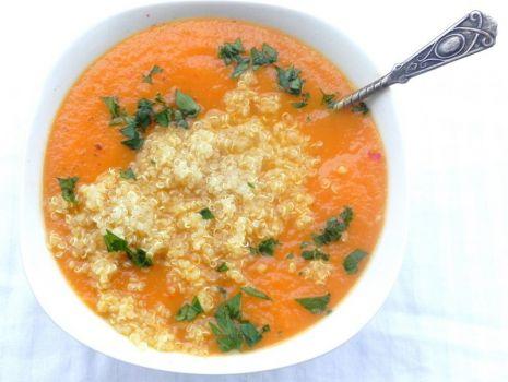 Przepis: Krem marchewkowo - imbirowy z quinoa