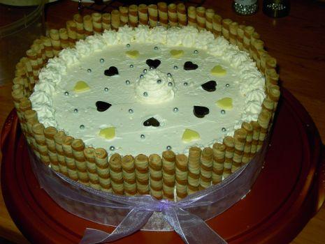 Przepis: Tort Urodzinowy Prezent.