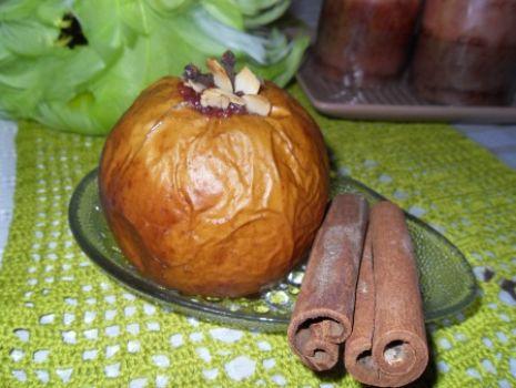 Przepis: Jabłka z konfiturą  haremową