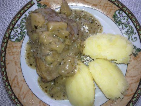 Przepis: Kurczak z jabłkiem