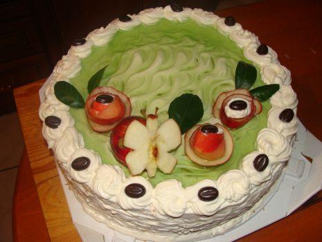 Przepis: Tort z jabłkową masą