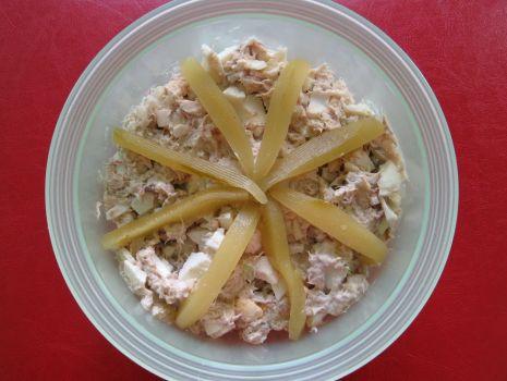 Przepis: Sałatka z wędzonej makreli