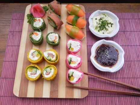 Przepis: Sushi naleśnikowe tricolor