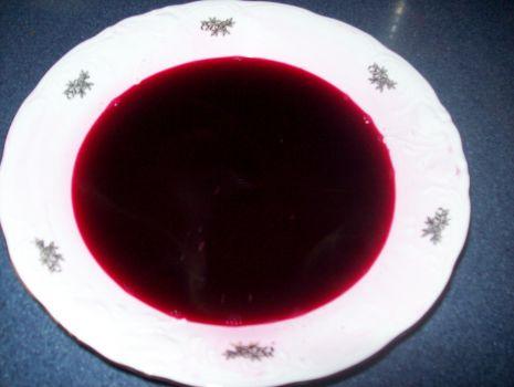 Przepis: Barszcz czerwony z grzybami