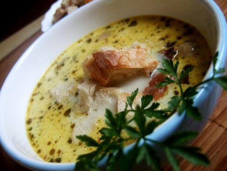 Przepis: Zupa camembert  z pieczarkami i grzankami