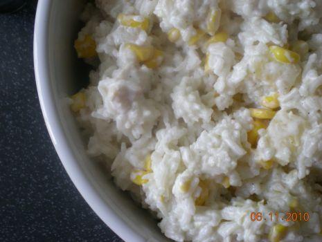 Salatka Ryzowa Z Kurczakiem I Ananasem Przepis Na Salatka Ryzowa Z