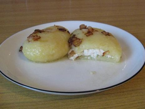 Przepis: Kluski śląskie z białym serem