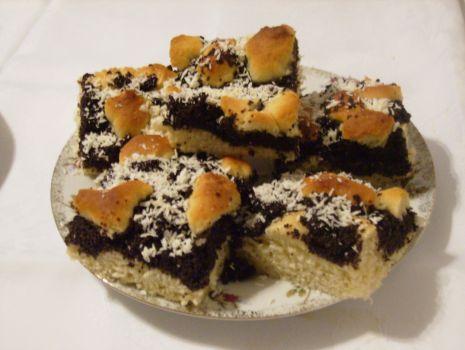 Przepis: Ciasto drożdżowe z masą makową