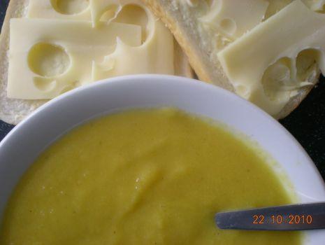 Przepis: Zupa z dyni z marchewka