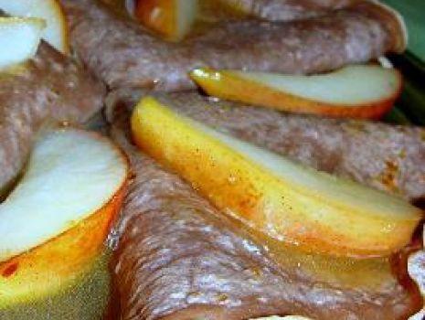 Przepis: Naleśniki czekoladowe z płonącym sosem