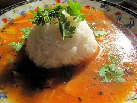 Przepis: Zupa z grzybami i ryżem