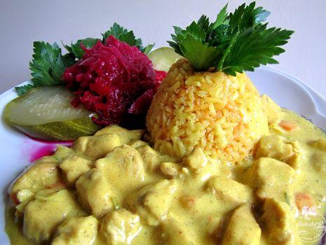Przepis: Żółty ryż i kurczak w curry