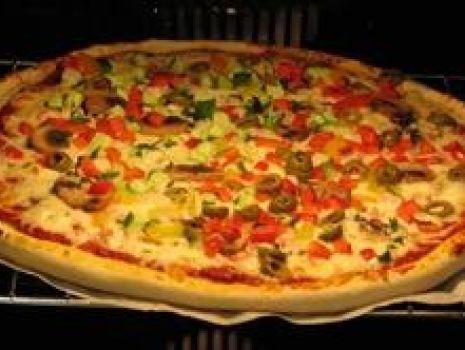 Przepis: Pizza  z Pizzerii
