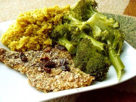 Przepis: Pieczona ryba w panierce na indyjską nutę