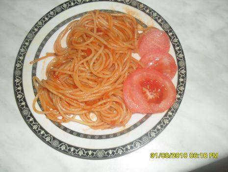 Przepis: Spaghetti z pomidorami