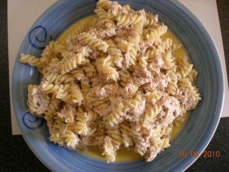 Przepis: Makaron z tunczykiem i serem ricotta
