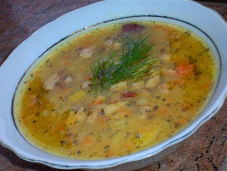 Przepis: Zupa grochowa z kurkami