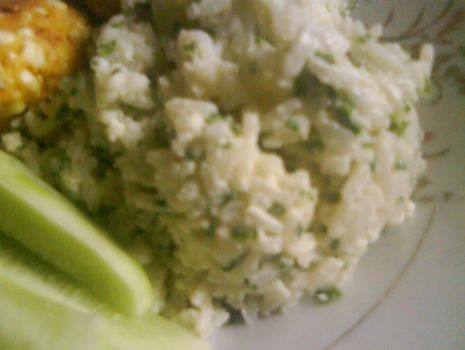 Przepis: Ryż z ziołami i majonezem