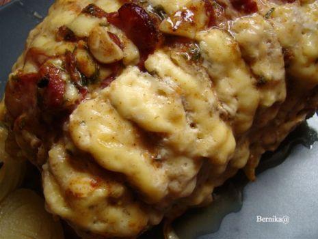 Przepis: Grzebień ze schabu z boczkiem i serem