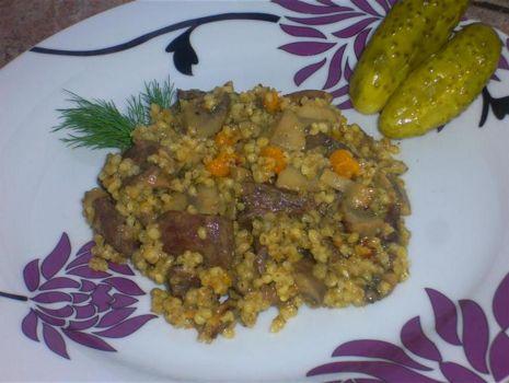 Przepis: Kasza duszona z mięsem- danie jednogarnkowe