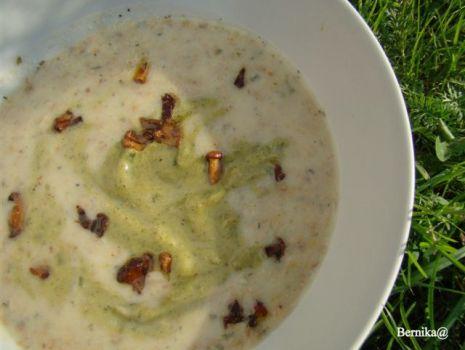 Przepis: Kolorowa zupa z cukinii i kurek
