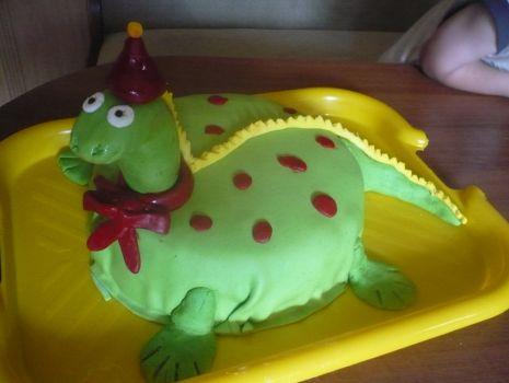 Przepis: Dinuś tort