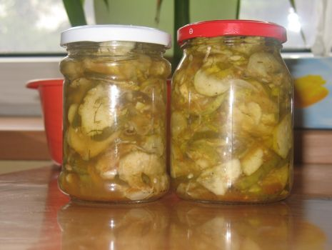 Przepis: ogórki z pieprzem i curry