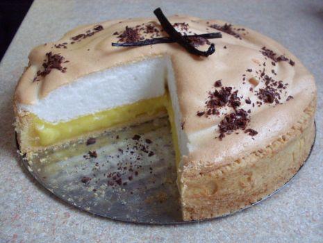 Przepis: Waniliowa tarta z bezą