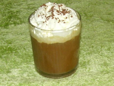 Przepis: Kawa mrożona z bitą śmietaną