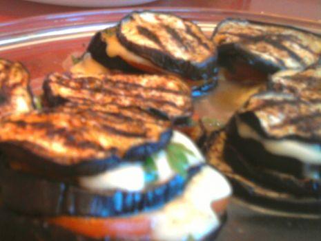 Przepis: Bakłażan zapiekany z mozzarellą