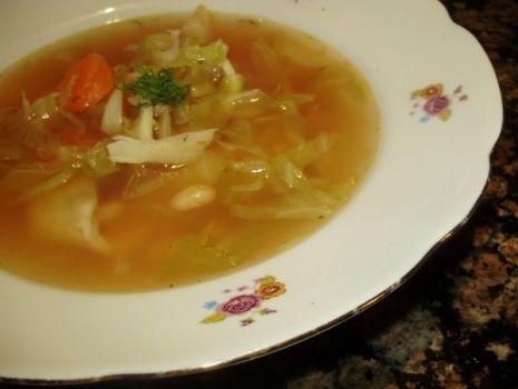Przepis: Zupa z młodej kapustki