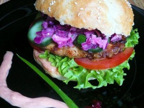Przepis: Zupełnie inny burger drobiowo- drobiowy wg jambalayi