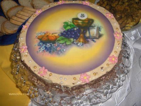 Przepis: TORT Z KREMEM CHAŁWOWYM