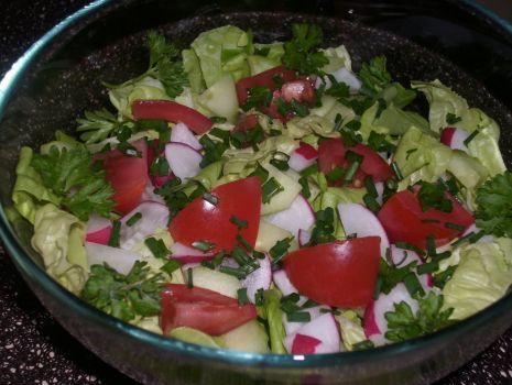 Przepis: Wiosenna sałata
