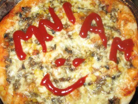 Przepis: Pizza prosto z pieca