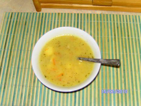 Przepis: Smaczna Zupa Ogórkowa