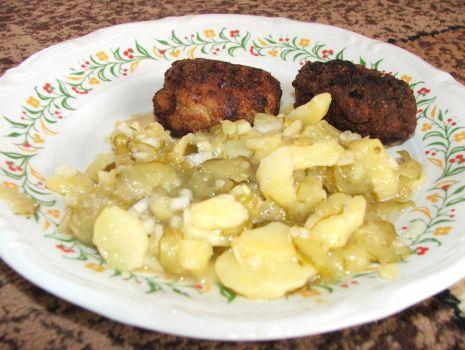 Przepis: sałatka z ziemniaków i ogórków