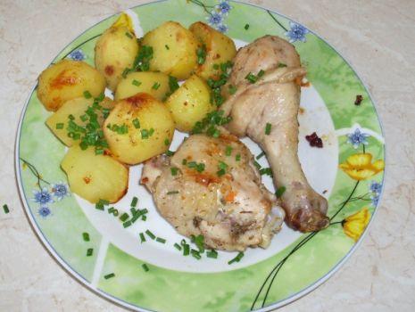 Przepis: Udka z kurczaka z ziemniakami