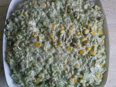Przepis: Sałatka z brokuła