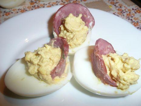 Przepis: Jaja nadziewane szynką