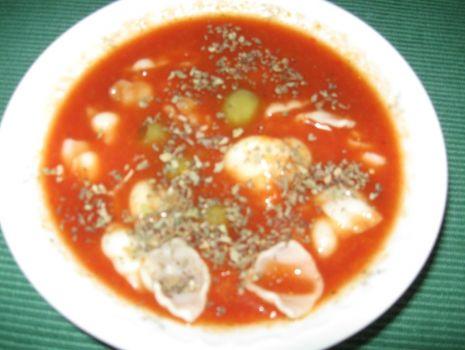 Przepis: Zupa paprykowa z muszelkami