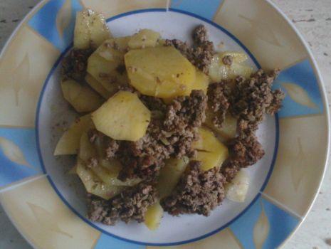 Przepis: Zapiekanka ziemniaczana z mięsem mielonym