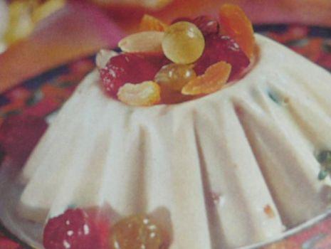 Przepis: Pascha serowa z owocami