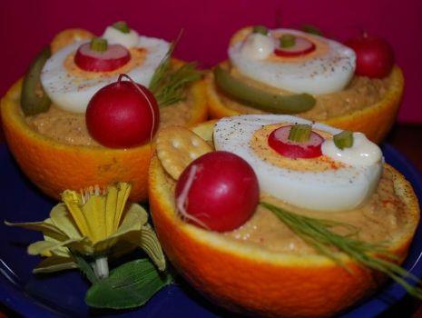 Przepis: Wielkanocne Jajeczka w Pomarańczowych Koszyczkach
