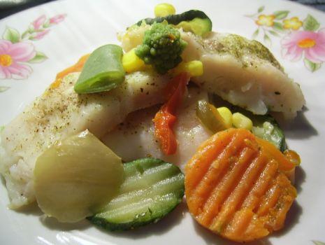 Przepis: Pieczona panga z warzywami