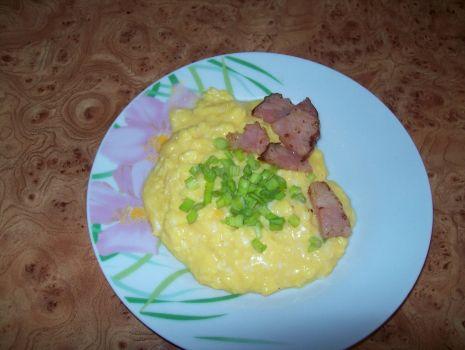 Przepis: Jajecznica wielkanocna