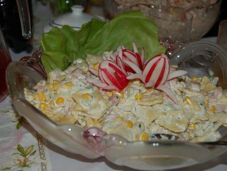 Przepis: sałatka z ravioli